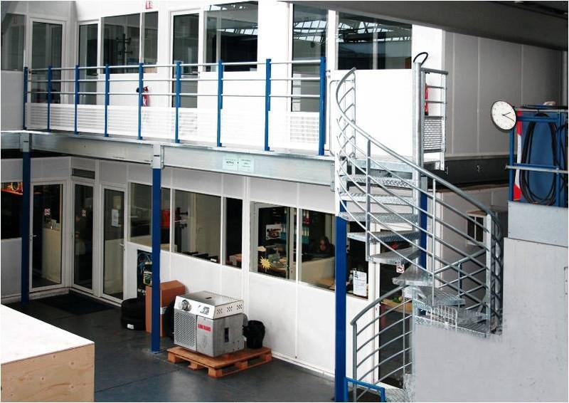 escalier industriel escaliers m talliques. Black Bedroom Furniture Sets. Home Design Ideas