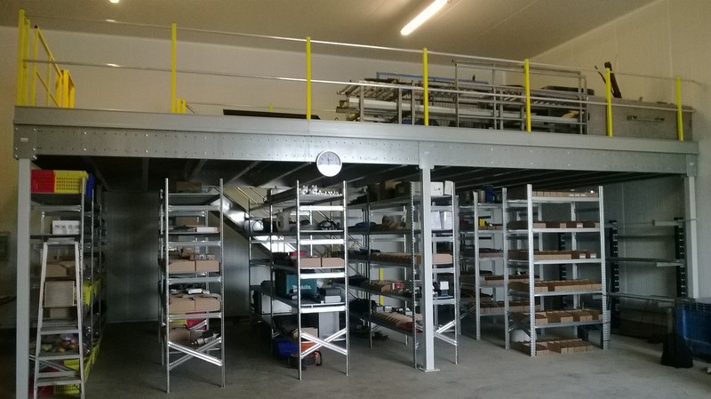 Plateforme stockage industrie
